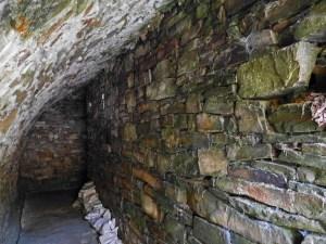 Reste einer Kupfererz-Aufbereitsanlage des Bergwerks Virneberg