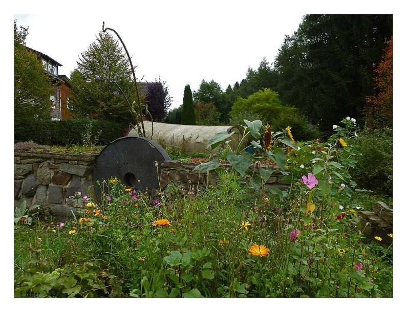 Bauerngarten am Wegesrand