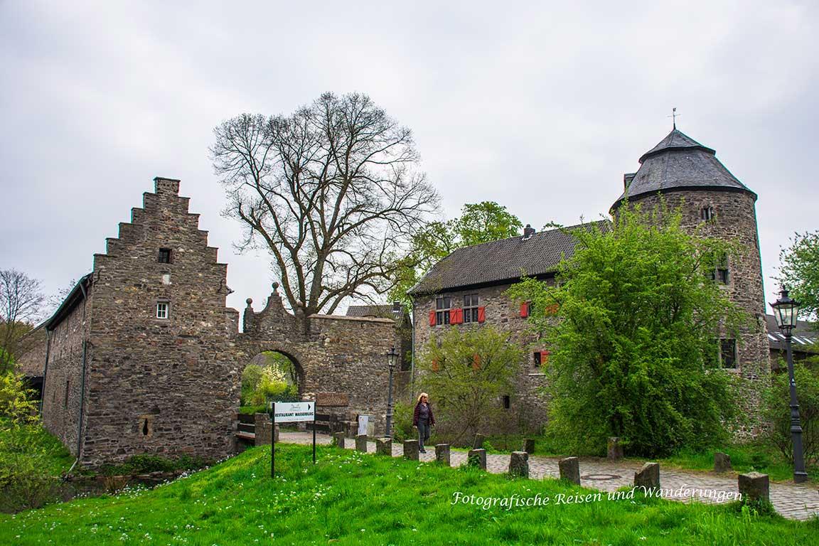 Wasserburg-Haus-zum-Haus-(1)