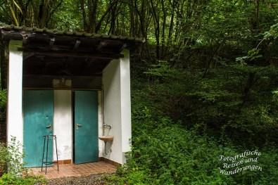 Toilettenhäuschen am Bildbach
