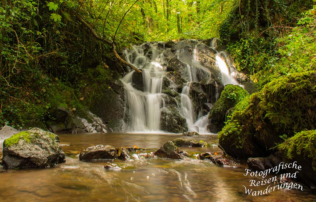 Wasserfall am Ritter-Räuber-Römer (50)